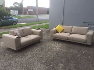 3 and 2 seater sofa loungeS Mentone Kingston Area Preview