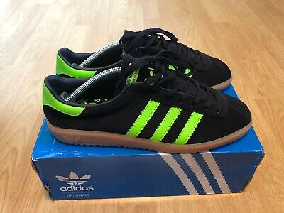 IBWT Adidas Originals Bermuda Black Green - UK 9 - EU 43 1/2 - US 9 1/2