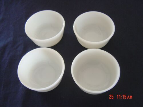 Set Of 4 ~Vintage Anchor Hocking Fire King Milk Glass 434 Ramekins/Custard Cups