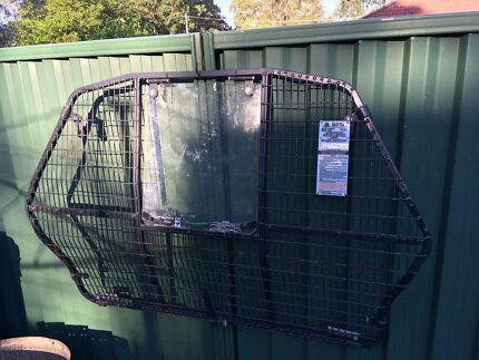Holden commodore cargo barrier $20