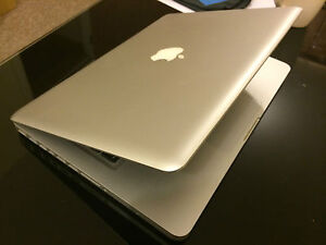 Apple MacBook Pro 13 A1278 2.4ghz 4gb RAM 500GB