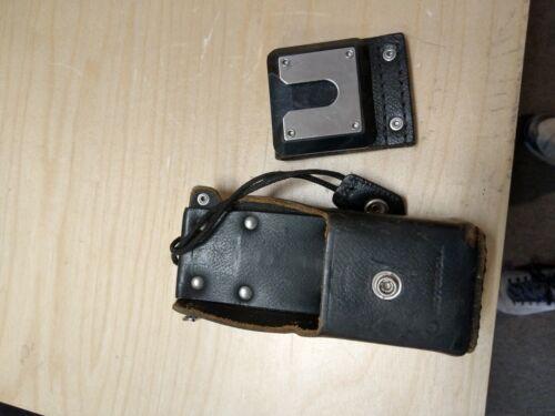 Motorola Radio Leather Carry Case Swivel Holster NTN8037A & Belt Clip 42O5857B08