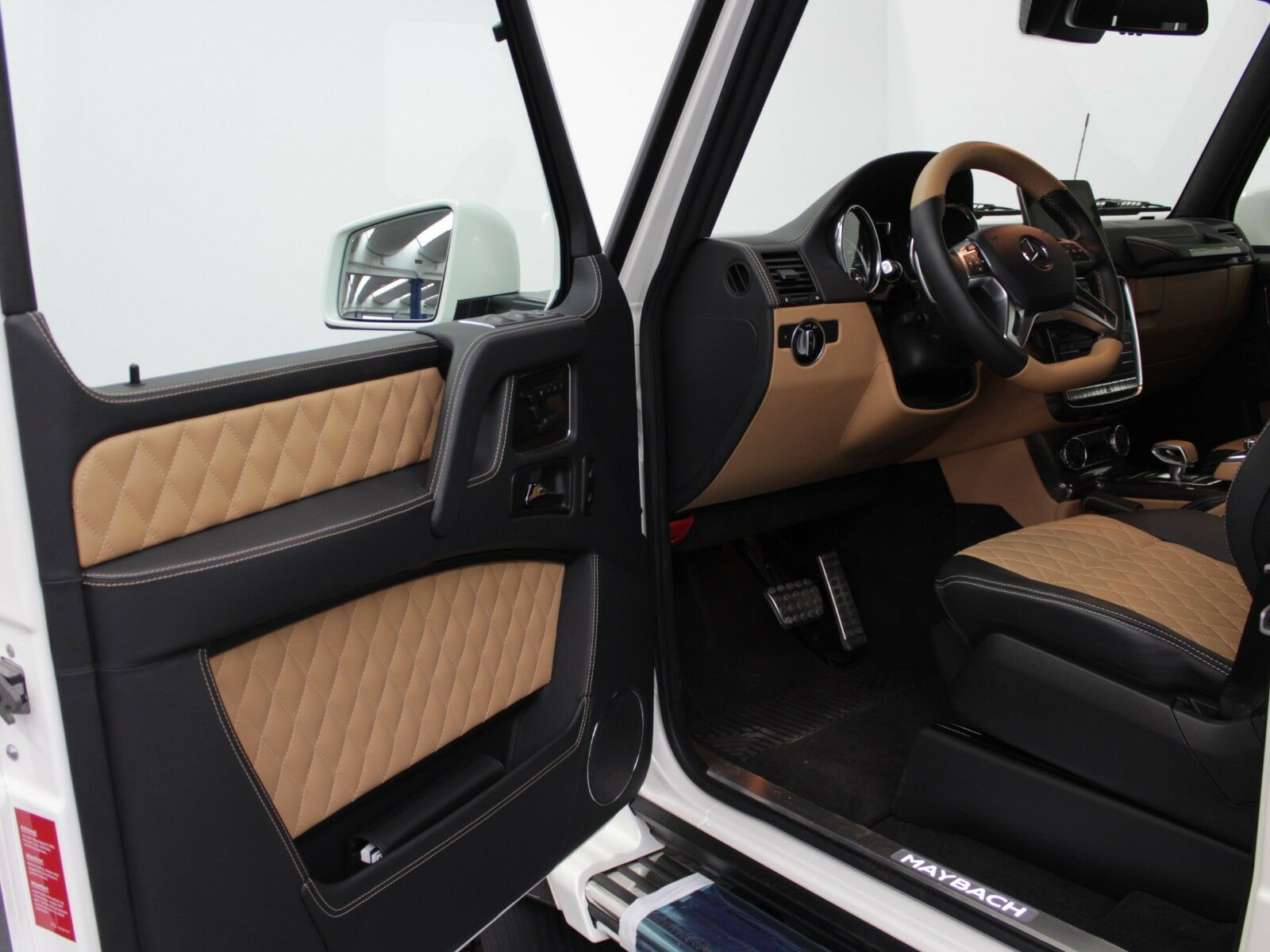 mercedes-benz g650 maybach landaulet | on stock | 1 of 99 | auto