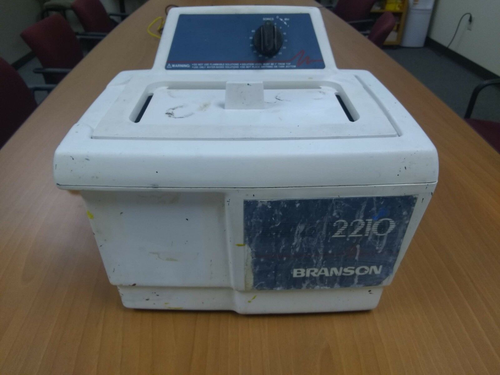 BRANSONIC ULTRASONIC CLEANER 2210R-MT SERIES 2210