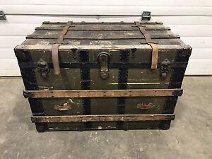 Antique Steamer Trunk /Chest