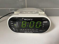 White Sony Dream Machine ICF-C318 FM/AM Dual Alarm Clock Radio