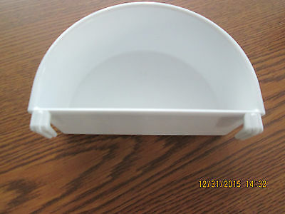 Plastic dish food/water Planit  #110 replacement cup for bird cage 1 cup white
