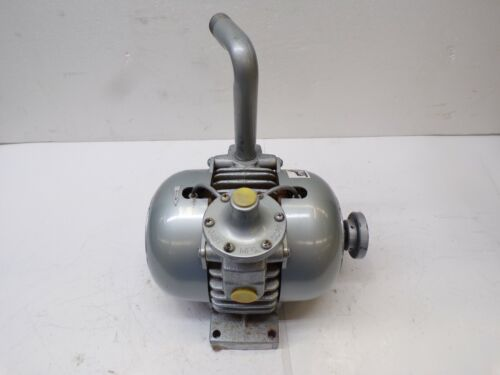 GAST MFG CORP. ROTARY VALVE VACUUM PUMP 2065-V2A , 9803004240 , MAX RPM 3700
