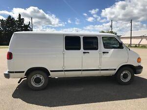 2003 Dodge Ram 2500 Cargo Van (Low Km's)
