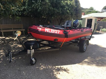 Quicksilver NL807 inflatable boat