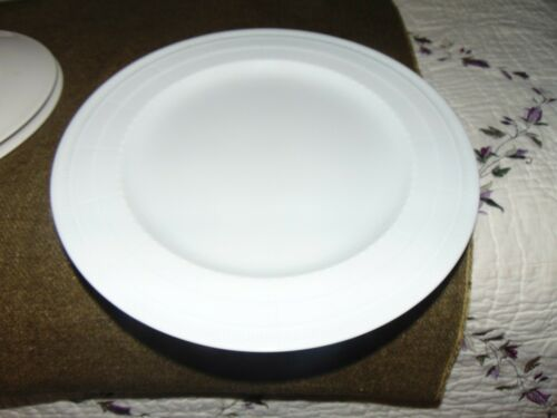 New Bernardaud LOUVRE Round Service Plate  Charger 1430295 12 Inches