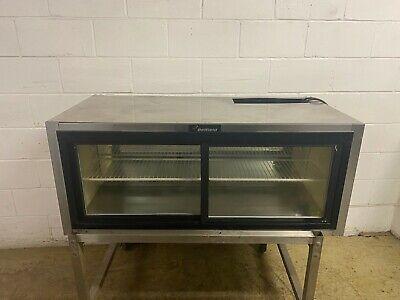 Refrigerated Lighted Delfield Dessert Pie Case Sliding Doors 120 Volts Tested