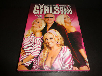 THE GIRLS NEXT DOOR-Season 2--Holly, Kendra & Bridget at Playboy Mansion w/Hef