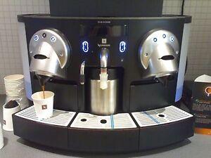Nespresso Coffee Mashine