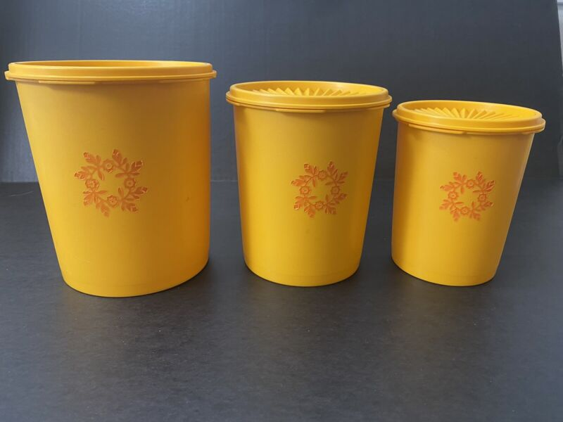 Vintage Tupperware Canisters Lids Yellow Orange Maize Goldenrod 807 809 811