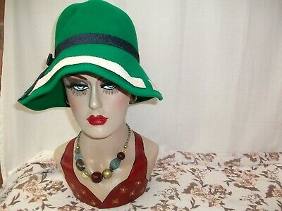 Vintage 1960's FRENCHI EDNA WALLACE Green bucket wool felt hat