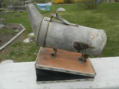 Root Vintage Tin Bee Smoker