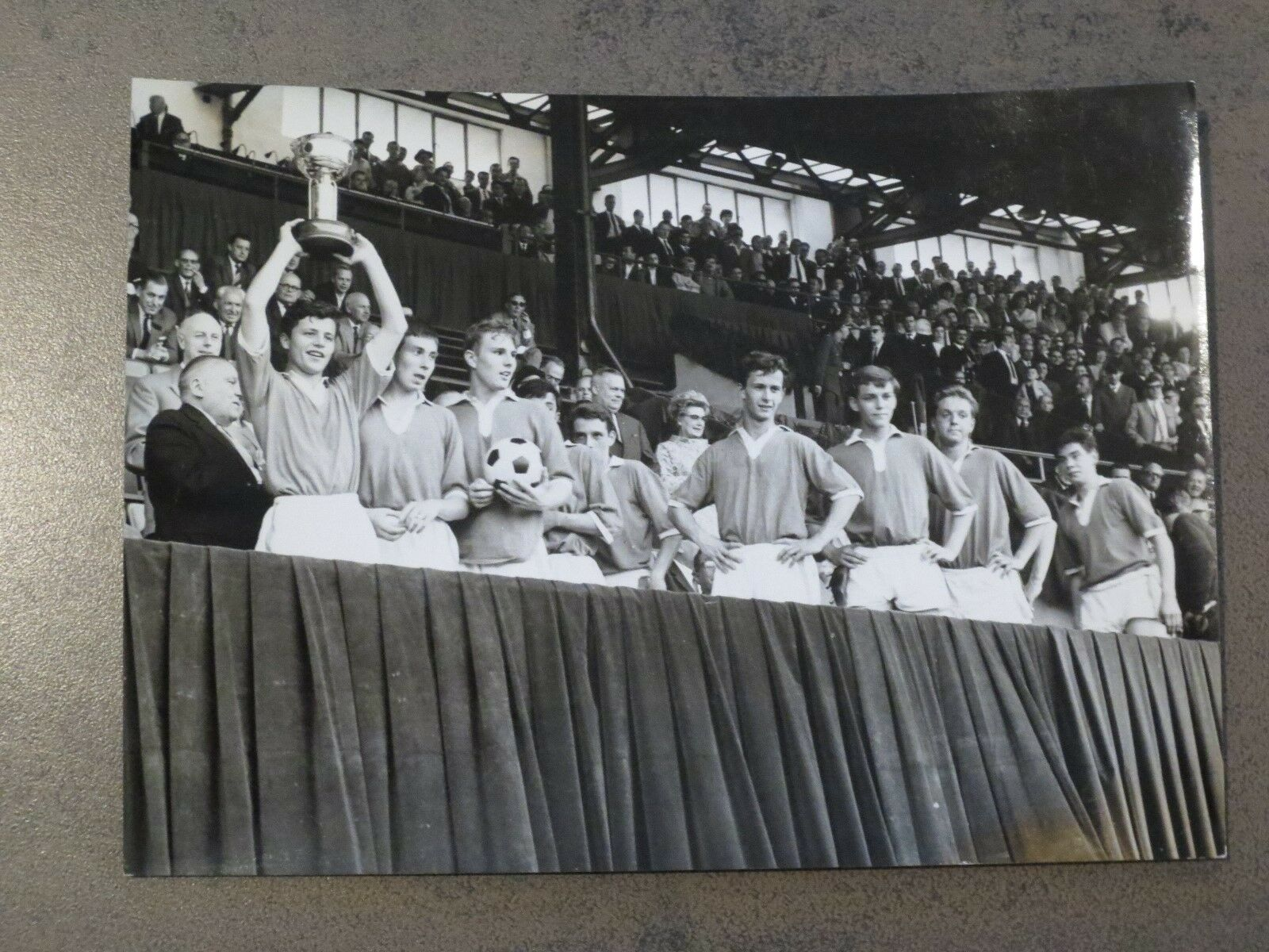 Football Belge Photographie ancienne RSCA - 13 cm sur 17 cm UEFA Final 1966 rare