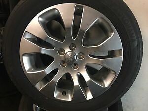 Subaru Legacy 2010 aluminum rims and tires available