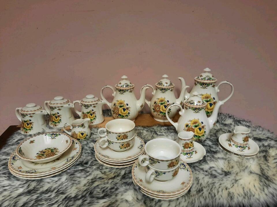 Porzellanset, Kaffeeservice, Teeservice in Groß-Gerau