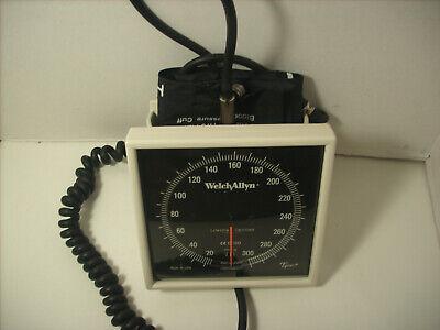 Welch Allyn Tycos Ce0050 Sphygmomanometer W Adult Blood Pressure Cuff