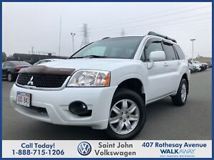 2011 Mitsubishi Endeavor SE - LEATHER!! POWER ROOF!!L@@K! WOW!