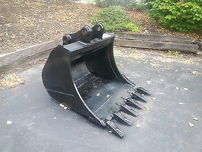 New 36 Komatsu Pc78 Excavator Bucket With Coupler Pins