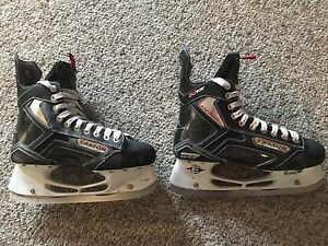 Easton Stealth S17 Hockey Skates Size 8.5 W EE