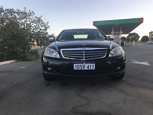 2007 MERCEDES C200. ONLY 140k KMS. IMMACULATE CONDITION