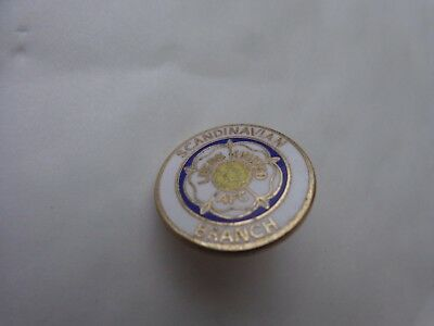 CLASSIC VINTAGE LEEDS UNITED UTD 'SCANDINAVIAN BRANCH' FOOTBALL PIN BADGE