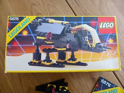 Lego 6876. Vintage Alienator, with original box. Classic Blacktron SPACE 1988