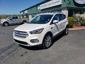 2018 Ford Escape Titanium SUNROOF/LEATHER/REMOTE START/NAVIGA...