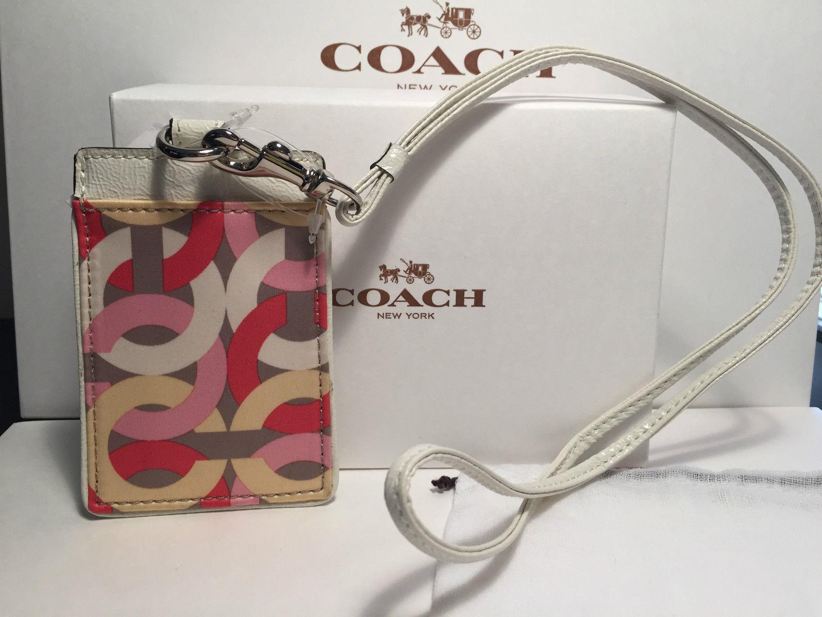 как выглядит Держатель для удостоверения или бейджа Coach Print ID Lanyards case holder Signature NWT 100% Authentic Coach фото