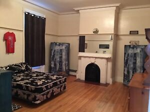 Large room for rent..city center