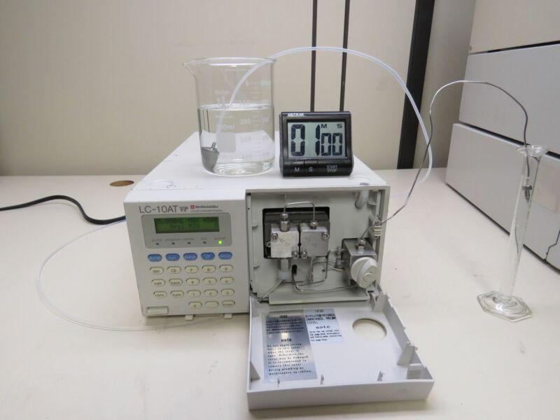 Shimadzu LC10-AT VP Liquid Chromagraph HPLC Pump Flow Tested