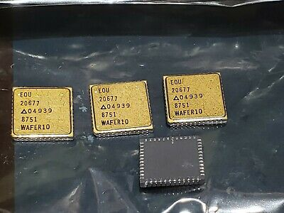 Vintage New Euo 20677 04939 Mil-spec Gold Smd Ic Chip 2067704939