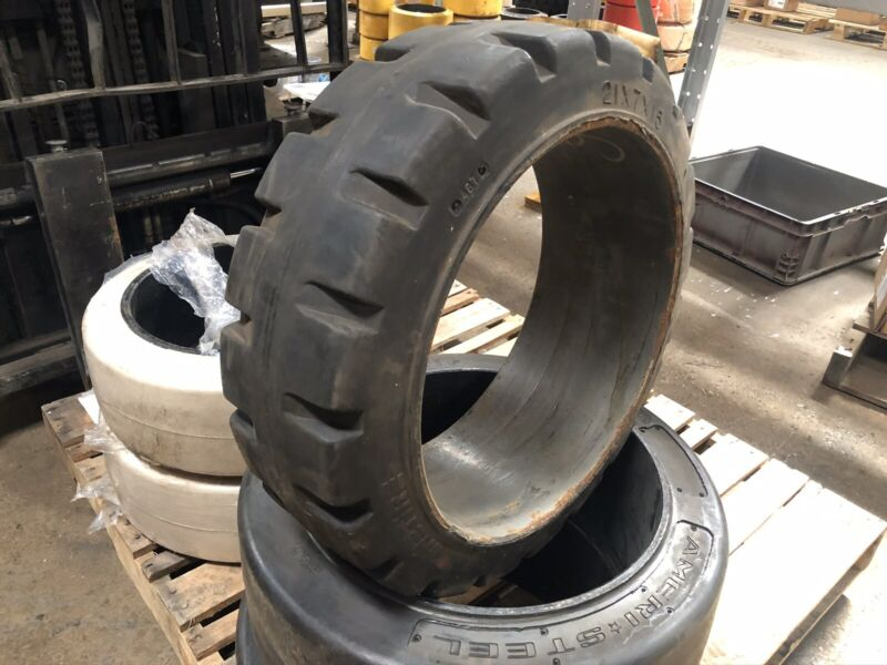 21x7x15 Mainetire Press On Tire Forklift Tires NashLift