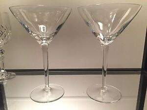 Crystal: Pair Of Large Quality Cocktail/martini Glasses