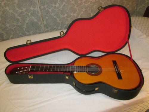 José RAMÍREZ 1968 Studio Guitar. Perfect Mint Condition (top-of-the-line model).