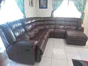 Leather lounge Browns Plains Logan Area Preview