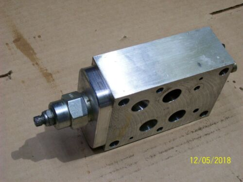 SUN SANDWICH MANIFOLD CKA 9L13 with PRESSURE REDUCING VALVE RPCCLAN