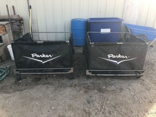 2 PARKER LAWN SWEEPER 40 IN. TOWABLE