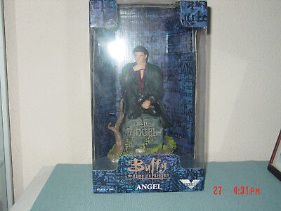 Angel Figur von Buffy The Vampire Slayer von Varner 1999 ,ca 21 cm hoch , OVP,