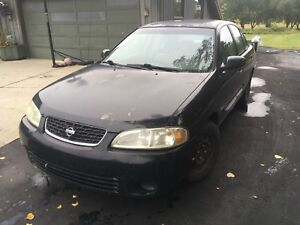 Nissan Sentra GXE with both sets of tires