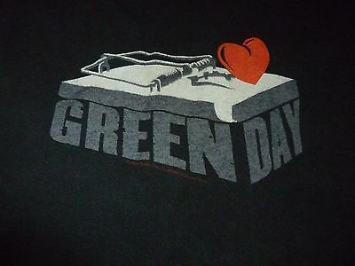 Green Day Shirt ( Used Size M ) Used Condition!!!