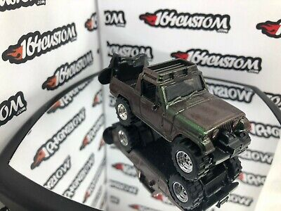 Hot Wheels '67 Jeepster Commando SUPER CUSTOM Jeep color shift paint Real Riders