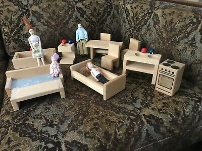 Dolls and Wooden Dolls House Furniture  Living Room Dining Room Kitchen Bathroom