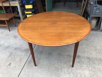 Original Parker Midcentury Dining Table Dining Tables Gumtree - Parker mid century dining table