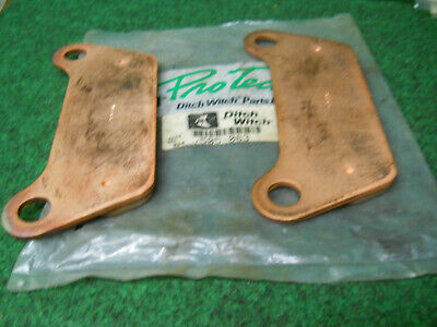 Ditch Witch 505-083 Brake Pads Pair