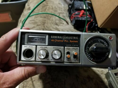 General Electric (GE) 3-5811B 40 Channel PLL System CB PA Transceiver